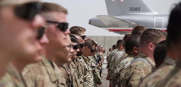 Šéf NATO přesvědčoval z novin, že musíme zůstat v Afghánistánu
