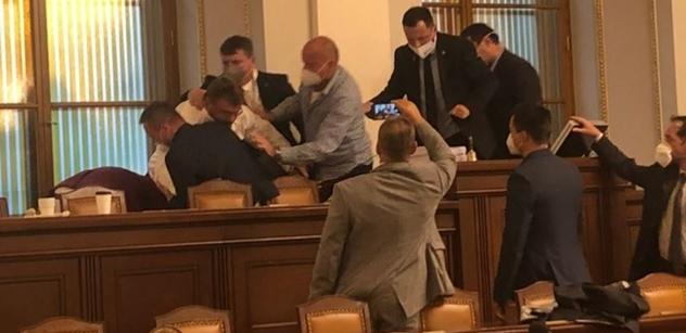 Ondřej Neff užasle k boji o Lipovskou: Ten Volný... Jasný vzkaz