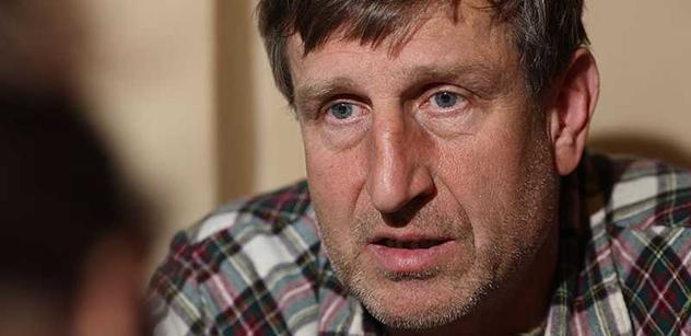Herec Vydra k Bartoškovi s Dykem: Neumím si představit, že jejich výzva k občanskému neklidu dokáže vyprovokovat lid, aby se postavil proti...