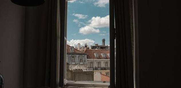 Marian Kechlibar: O úzkých a širokých oknech