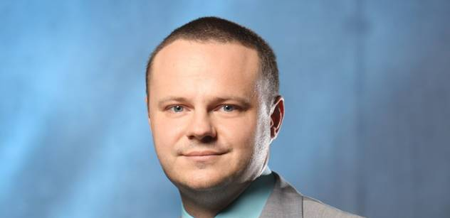 Ředitel Českého rozhlasu Zavoral chce, aby rozhlasový poplatek vzrostl o pět korun