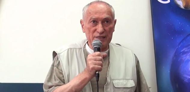 Mnislav Zelený-Atapana: Boj o generálské sochy - Koněva ven a Vlasova dovnitř?