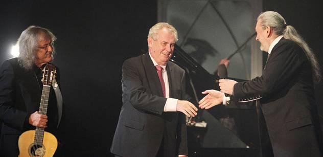 Zpěvák Hůlka chce do politiky. Kandiduje za zemanovce