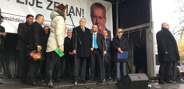 Totální triumf Miloše Zemana: Tisíce lidí řvaly nadšením a prezident zpráskal ty, kteří nám podle něj vymývají mozky