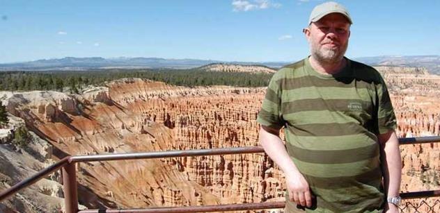 Jan Ziegler: Zoufalí zemanovci zneužili i Boženu Němcovou