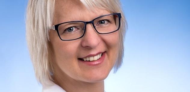 Kandidátka do Senátu: Projev ministra Hermana na sudetoněmeckém sjezdu budoucí generace ocení