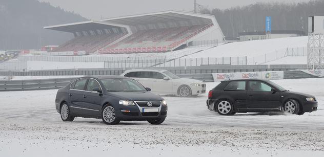 Na okruhu mosteckého autodromu i v zimě. První termín už tuto neděli