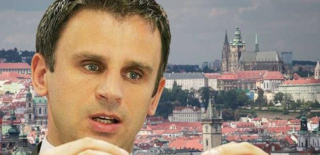Hejtman Zimola: Otáčivé hlediště v Krumlově možná zůstane na svém místě