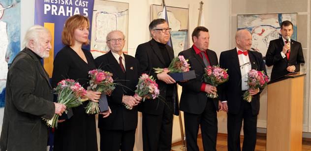 Praha 5 ocenila celoživotní díla šesti občanů